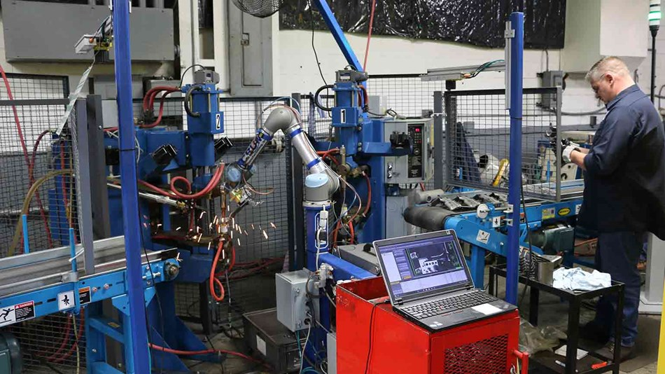 Installation of a cobot in production environment