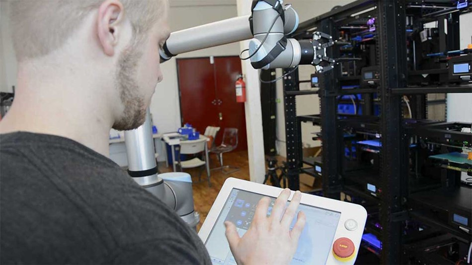 Voodoo Manufacturing in Brooklyn, New York, was racing against time to develop a proof of concept for investors, showing how they could effortlessly and economically automate the harvesting of their 3D printers.