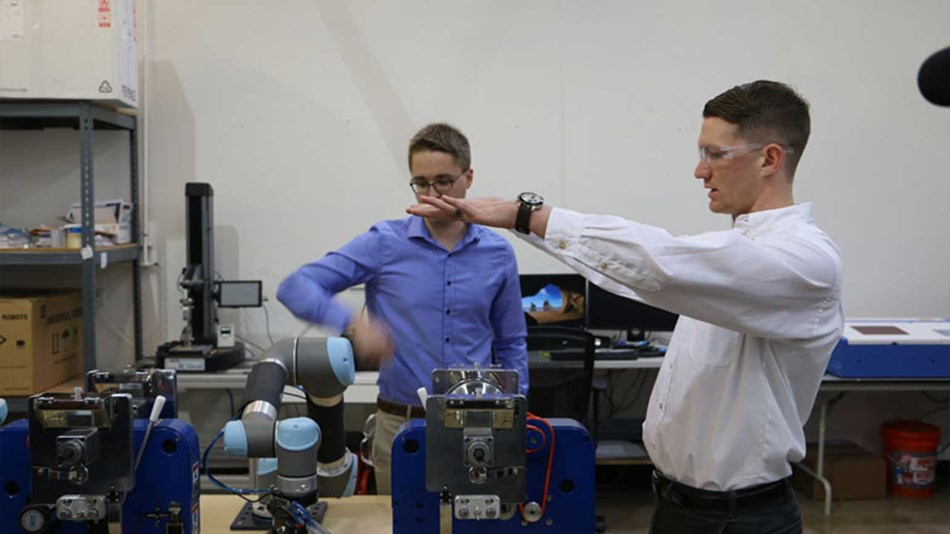 Zippertubing Company in Phoenix, Arizona, integrated Universal Robots